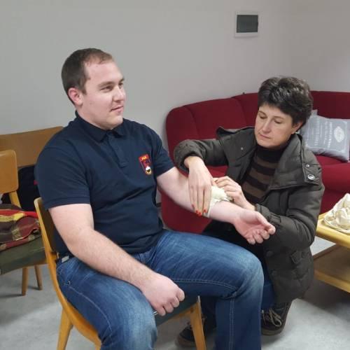 Tečaj za bolničarja 2015