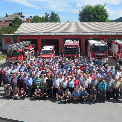 Skoraj 200 gasilskih veterank in veteranov bilo na ekskurziji