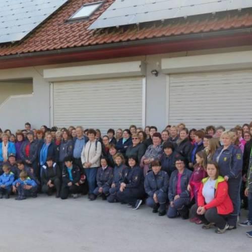 Gasilke na regijskem posvetu članic
