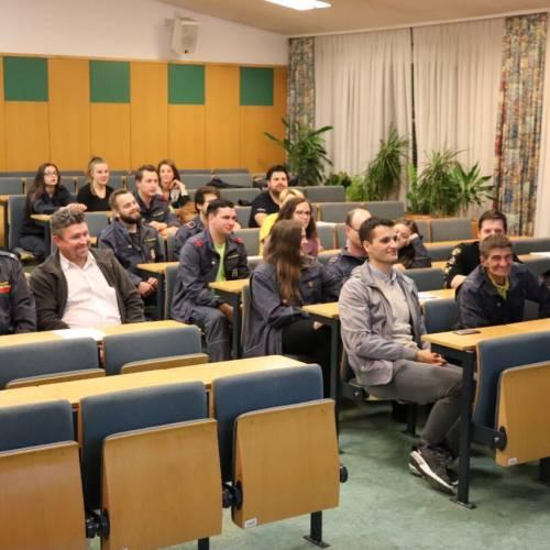 Odličen obisk posveta mentorjev mladine