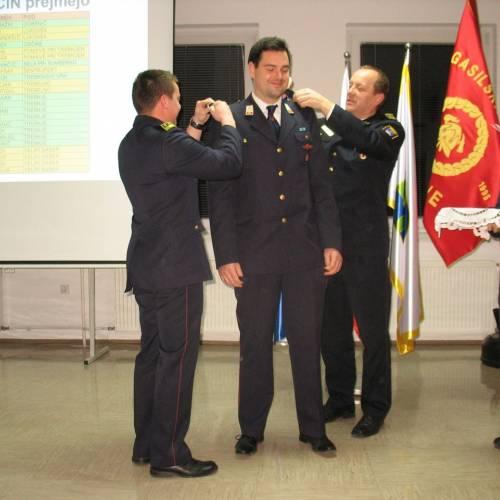 Svečana podelitev čina novim nižjim gasilskim častnikom