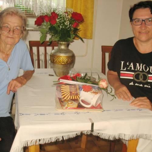 90 let gasilke veteranke Marije Praznik