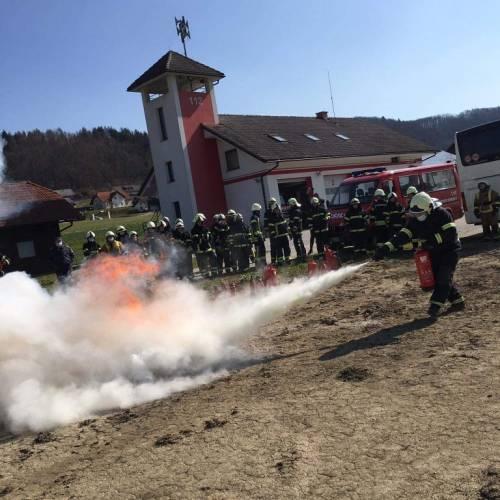 Uspešno zaključili tečaj za gasilca pripravnika